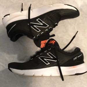 New Balance size 9.5 look hardly worn so cool